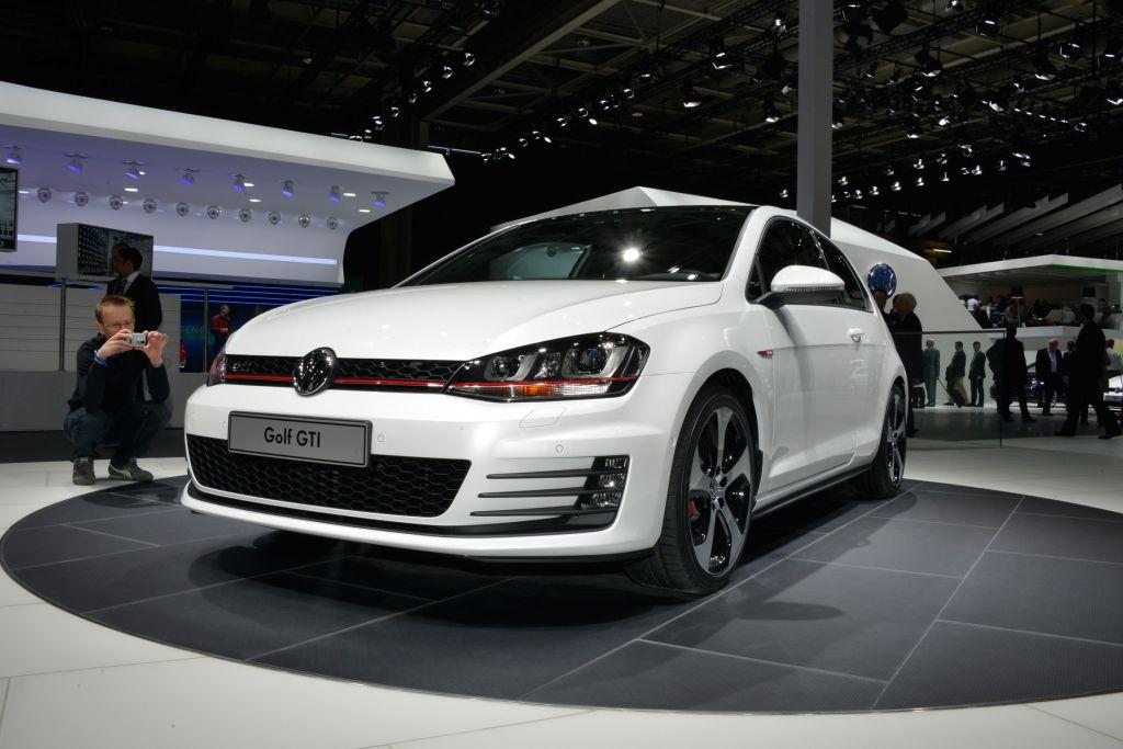 VOLKSWAGEN Golf 7 GTI - Mondial de l'Automobile 2012.com
