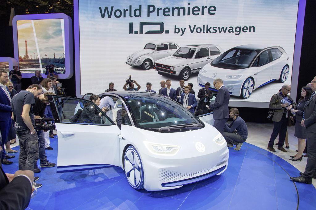VOLKSWAGEN I.D. Concept - Mondial de l'Automobile 2016.com