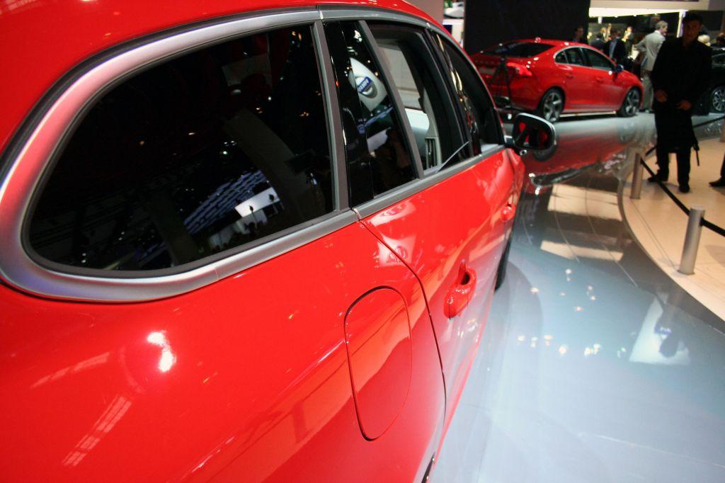 VOLVO V60 - Mondial automobile de Paris 2010.com