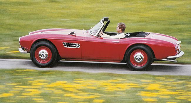 BMW BMW: 100 ans d'aventure - Diaporama de 30 photos.com