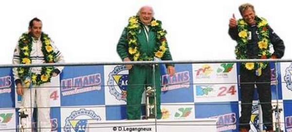 Le Mans Legend 2001 - Le Mans Legend 2001  Compte-rendu - Page 1.com