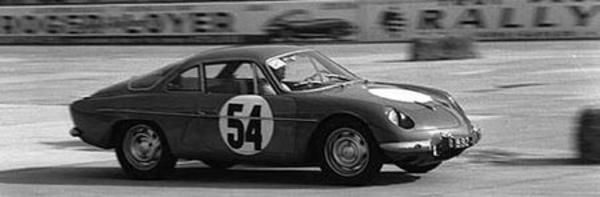 La berlinette 1961 - 1972 - La berlinette Tour Auto de 1964 Saga Alpine A 110  Histoire.com