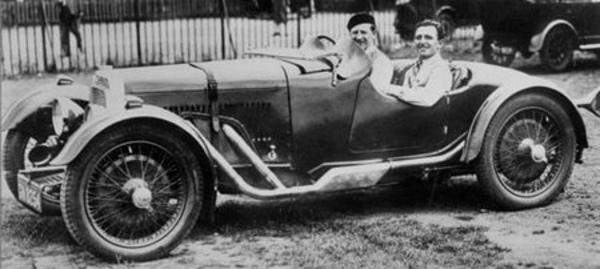 Historique Aston Martin avant-guerre - Histoire - Page 1.com