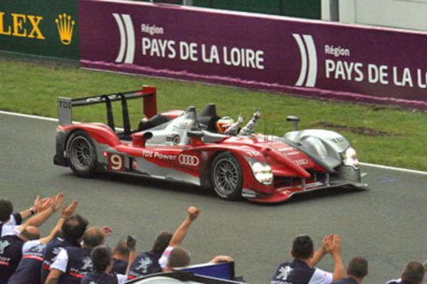 Victoire Audi, coup dur pour Peugeot - 24 Heures du Mans 2010  Reportage.com