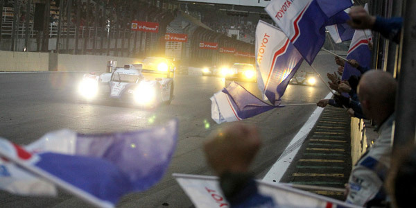 6 heures de Bahreïn : Toyota en confiance, Audi sous pression - Championnat Endurance 2012  Reportage.com
