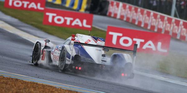 Après 9 heures de course - 24 Heures du Mans 2014  Reportage.com