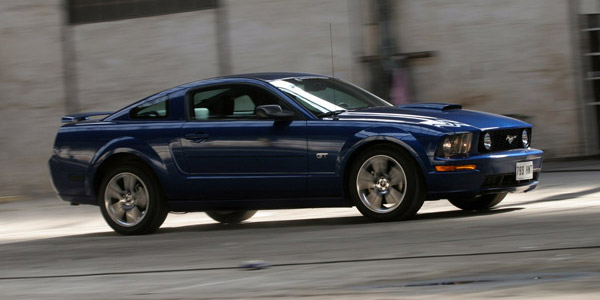 Acheter une FORD MUSTANG V (série 1) - guide d'achat