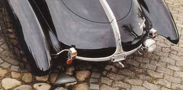 HORCH 710 roadster - La collection Rolf Meyer   - Page 3.com