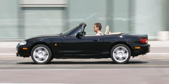 ou acheter mazda mx5 automobiles pneus roues. Black Bedroom Furniture Sets. Home Design Ideas