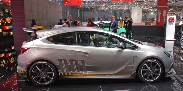 OPEL Astra OPC Extreme - .com