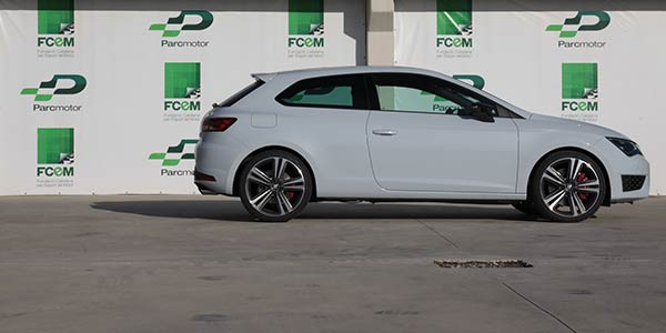 essai seat leon cupra 280 2014. Black Bedroom Furniture Sets. Home Design Ideas