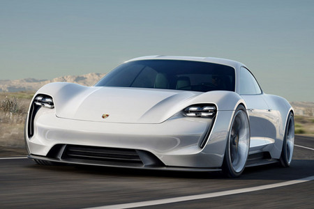 Fiche technique PORSCHE MISSION E Concept