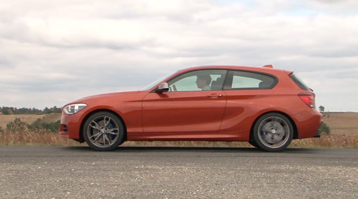 video bmw m135i 3 portes f20 sur motorlegend. Black Bedroom Furniture Sets. Home Design Ideas