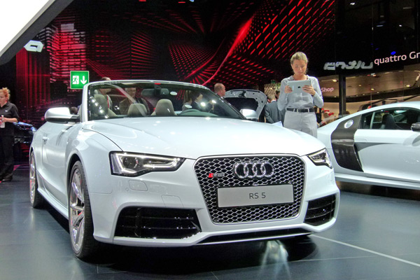 Video Audi RS5 cabriolet
