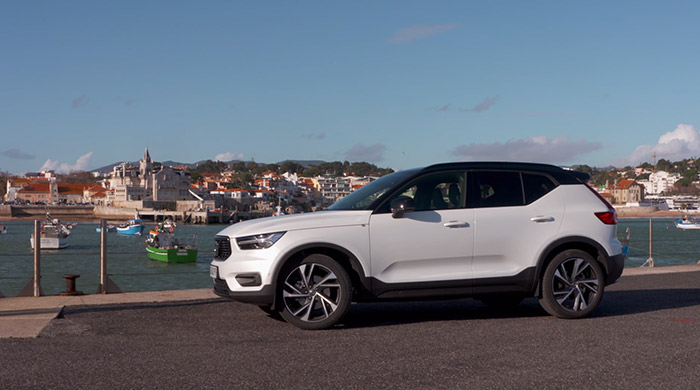 video volvo xc40 t5 sur motorlegend. Black Bedroom Furniture Sets. Home Design Ideas