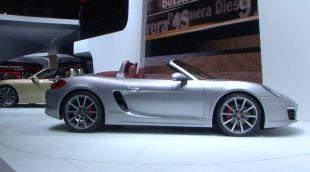 Vidéo Volkswagen Golf GTI Cabriolet - Salon de Genève 2012