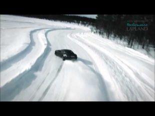 Vidéo Une petite glisse en CLA45 AMG - Essai