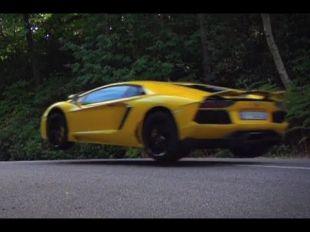 Lamborghini Aventador test jumping