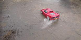 Ferrari F50 au ralenti