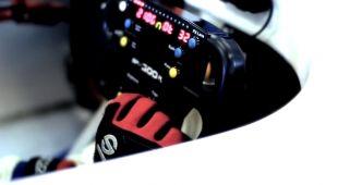 Vidéo Caterham R500 en donuts avec le Stig - Essai