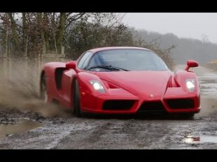 Ferrari Enzo tourmentée par TaxTheRich