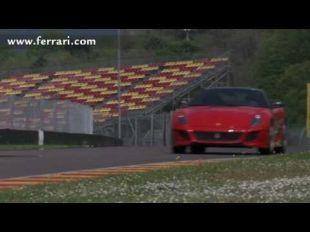 Ferrari 599 GTO sur piste