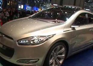 Salon : Hyundai Genus