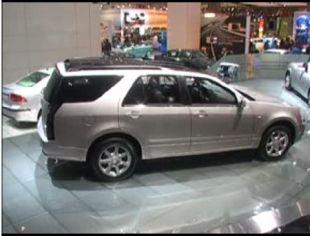 Salon : Cadillac SRX au Mondial de Paris 2004