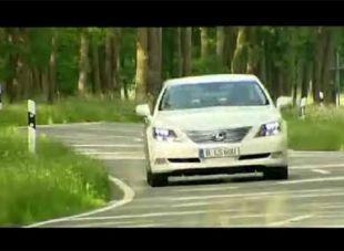 Vidéo Le stand Mercedes à Francfort 2007 - Essai