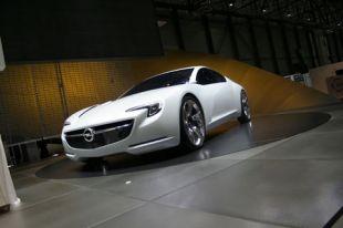 Salon : Opel Flextreme GT/E