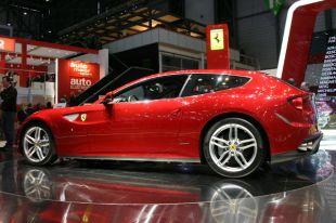 Salon : Ferrari FF