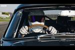 Embarquez avec The Stig dans une Aston Martin DB5 très spéciale