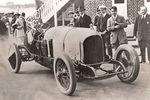 Bentley célèbre les 100 ans de sa première victoire en course