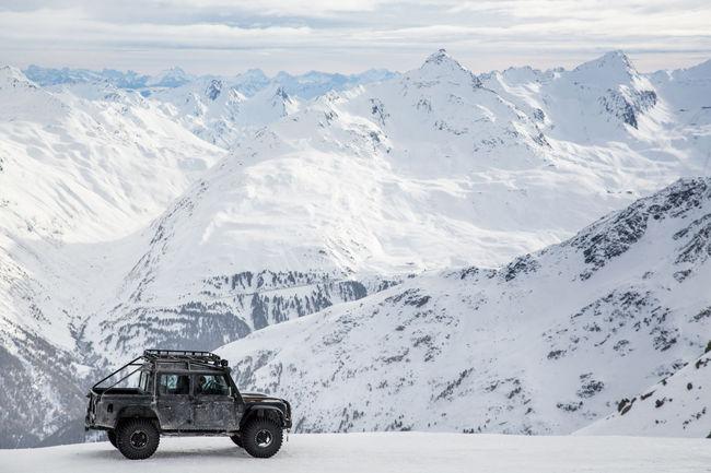 Découvrez l'univers de 007 avec Jaguar Land Rover