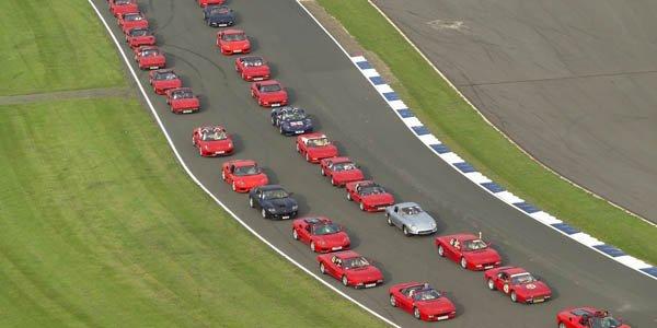 Record : 1 000 Ferrari à Silverstone
