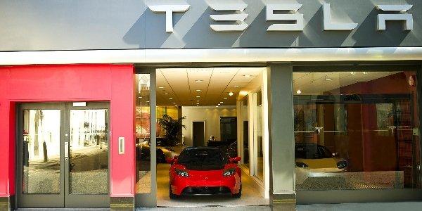 Tesla obtient dix millions de dollars !