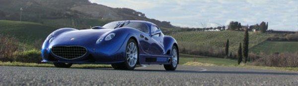 """Antas V8 GT : La """"Batmobile"""" italienne !"""