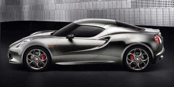 Alfa Romeo 4C : plus vite que prévu