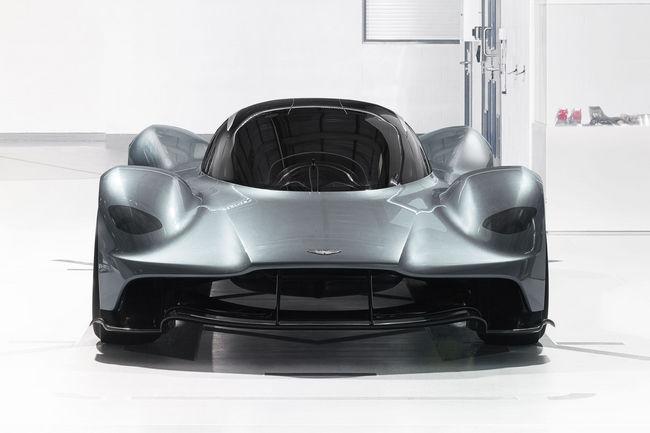 Premier salon pour l'Aston Martin AM-RB 001
