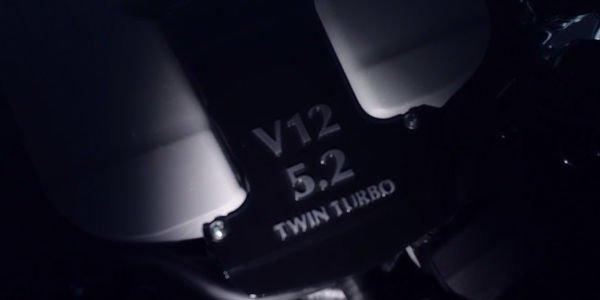 Le V12 de la future Aston Martin DB11 se fait entendre