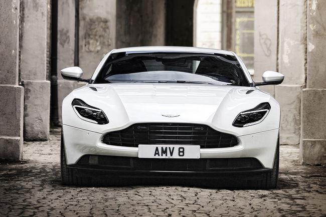 Un bloc V8 pour l'Aston Martin DB11