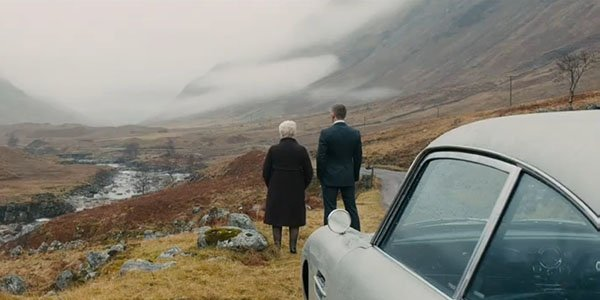 James Bond retrouve son Aston Martin DB5