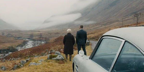 James Bond retrouve son Aston Martin DB5