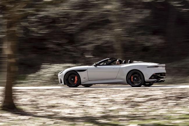 Nouvelle DBS Superleggera Volante, la plus rapide des cabriolets Aston Martin