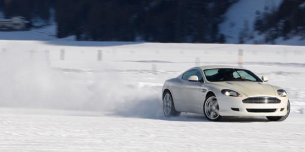 Aston Martin on ice, l'art de la glisse
