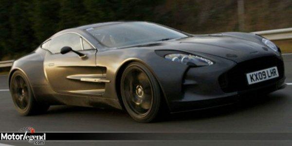 L'Aston One-77 va vite... très vite