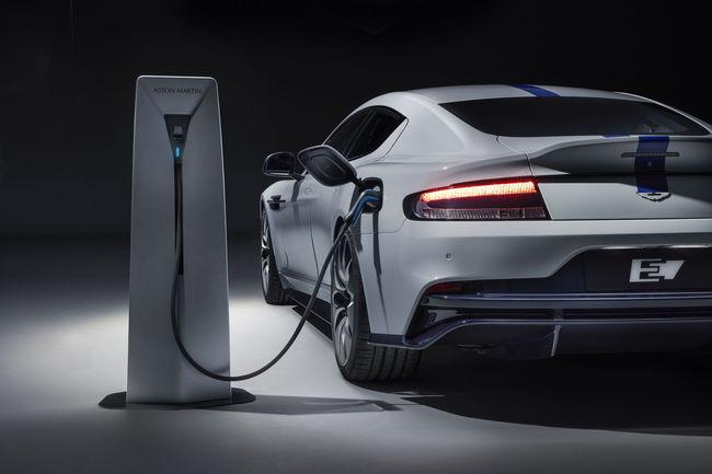 Shanghai : l'Aston Martin Rapide E prête pour la production