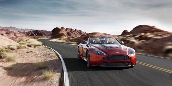 Nouvelle Aston Martin V12 Vantage S Roadster