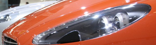 L'Aston V8 Vantage N400 enlève le haut