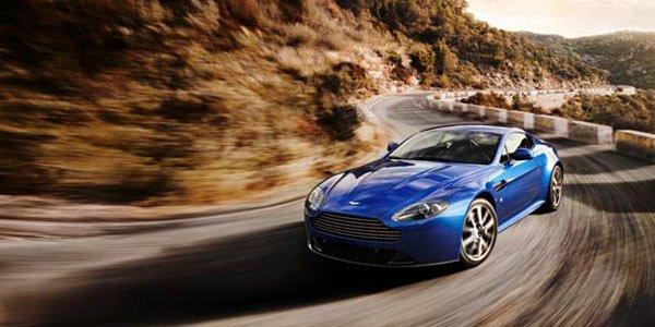 V8 Vantage, Aston passe au S